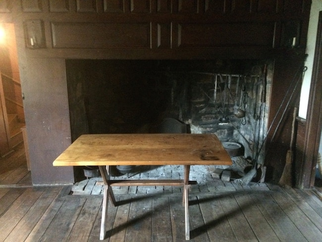 Washington_Crossing-Johnson_Ferry_House_Hearth.jpg
